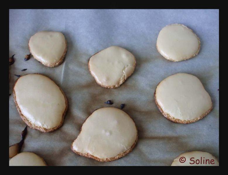 Meringues dans 04 - Desserts et douceurs 83meringue