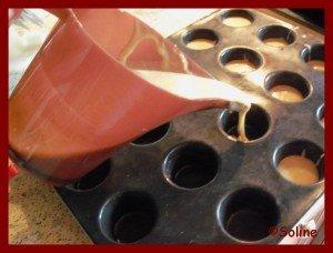 Muffins de Noël aux épices et raisins secs dans 04 - Desserts et douceurs 100_6777-soline-300x228